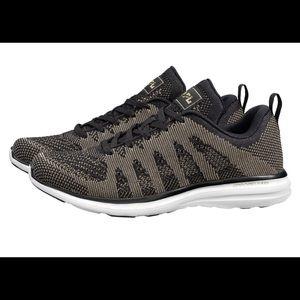 APL Women's Running Shoe Techloom Pro